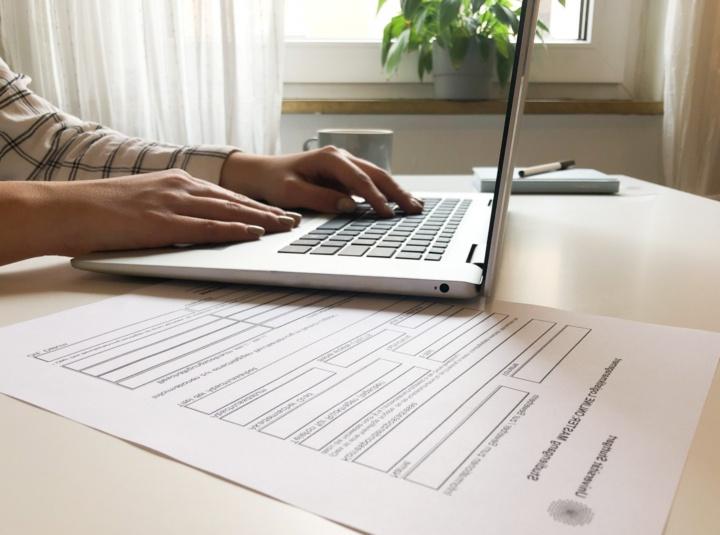 Logistik studieren – online und neben dem Beruf
